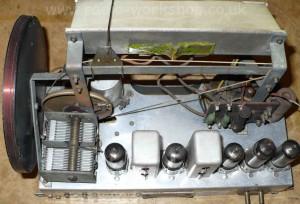 BUSH DAC90A top chassis