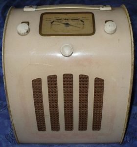 Ever Ready C/A portable battery vintage valve radio