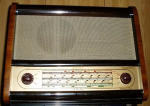 ferguson 353a vintage wooden cabinet radio