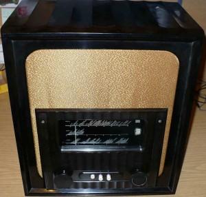 Murphy A96 export vintage valve radio