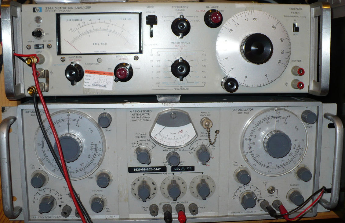 Distortion analyser and audio oscillator