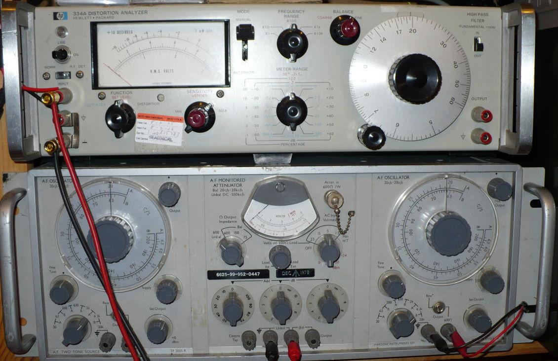 Distortion analyser and audio oscillator
