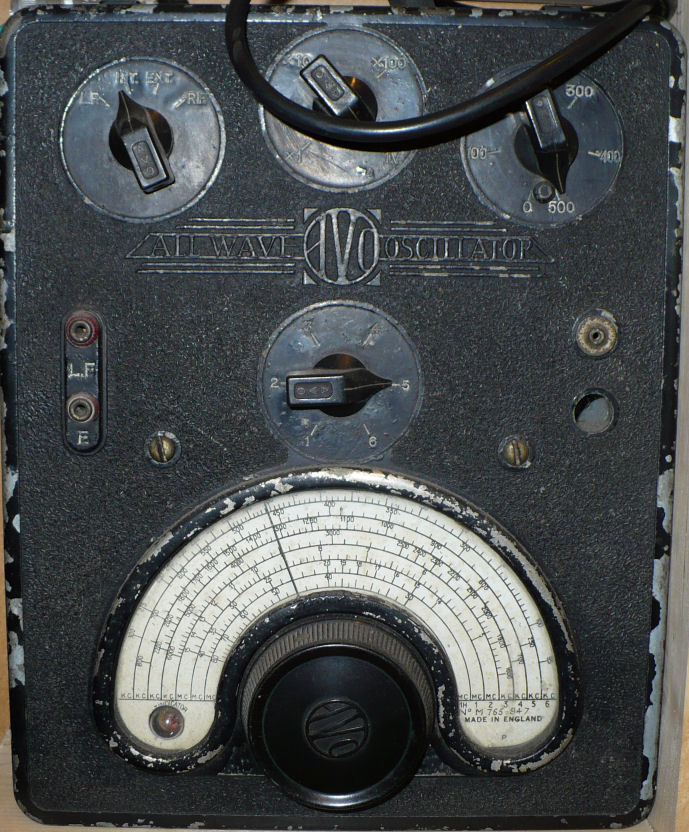 Early AVO all wave oscillator