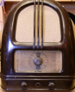 PHILCO 444 PEOPLE'S RADIO
