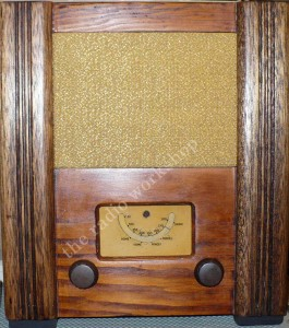 CIVILIAN wartime utility radio receiver war time