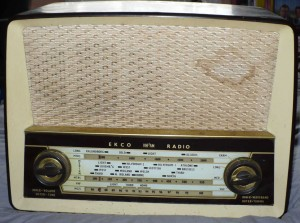 EKCO U319A