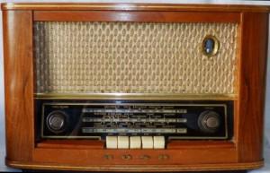 BUSH VHF62