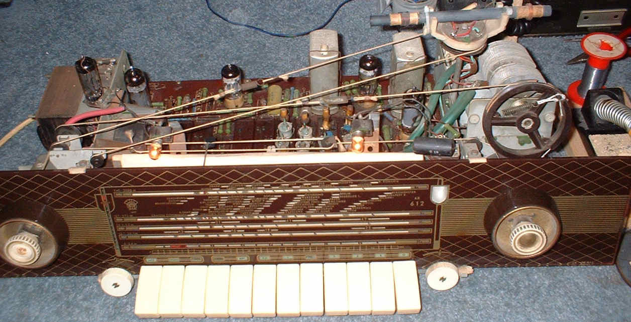 Orion AR612 radio