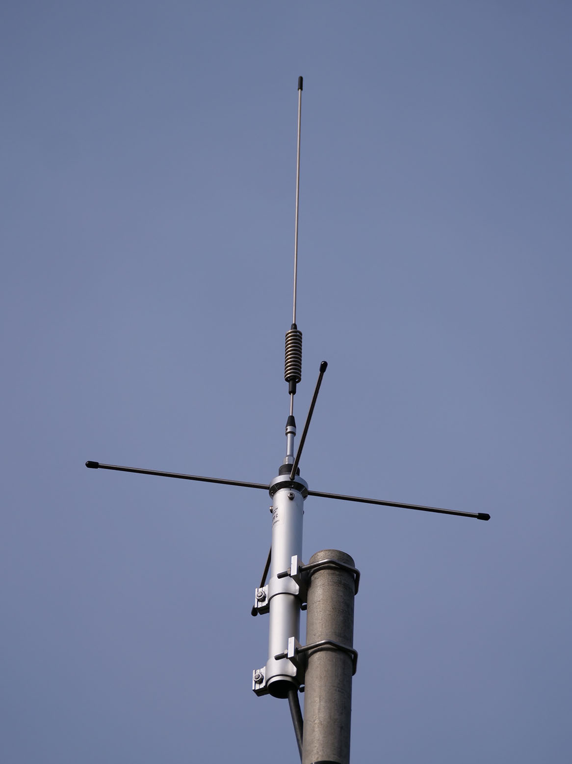 GB7CQ antenna. Sirio GP365-470C tuned for the 70cm band.